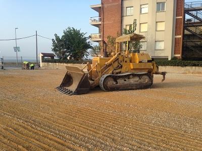 Trabajo de nivelación de terreno realizado por EXCAVACIONES JODAR para AYUNTAMIENTO DE CASTELLDEFELS